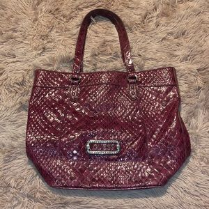 Guess tote